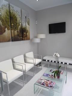 Galeria instalaciones clinica dental alaia en vitoria dentista en vitoria - Decoracion clinicas dentales ...